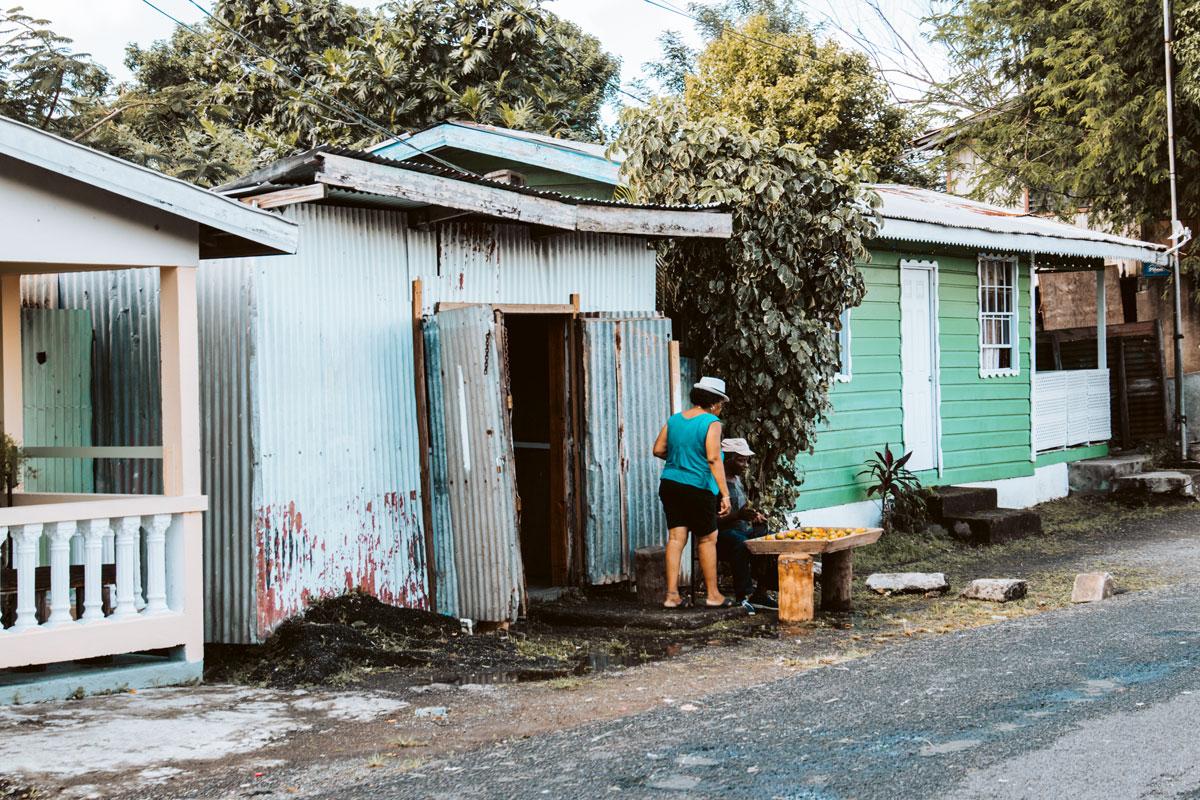 Straßenverkauf in St. Lucia